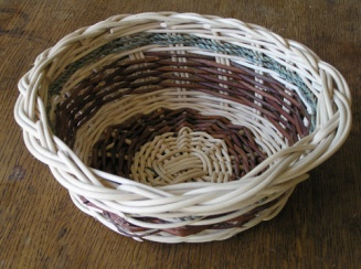 Willow table basket