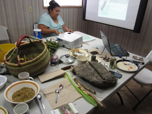 Klamath Tribe Traditional plants program workshops