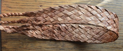 Diagonal plaited tumpline