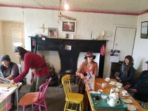 Crios weaving and tea with Mairead