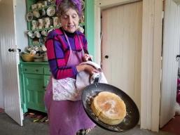 Pot oven bread w Mairead