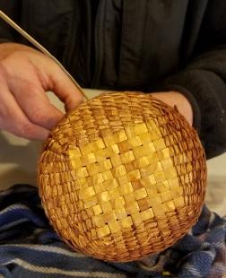 webCedar basket base to round