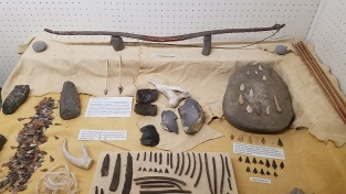6 Cashmerer bow and lithic